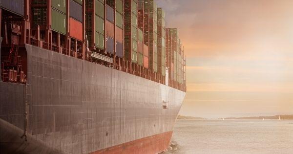 Nhiều kỷ lục hỗn loạn về giá cước vận chuyển container trên khắp thế giới