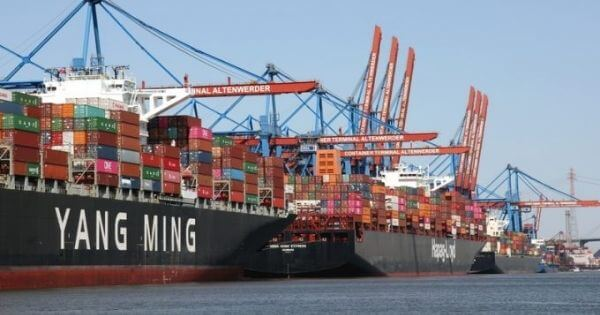 Shipping lines still have the upper hand with sky-high spot rates