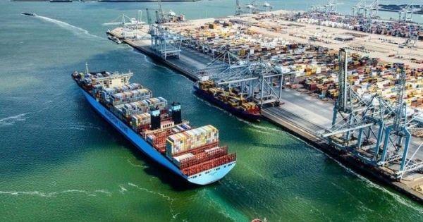 Giá cước tăng 25% chỉ trong một tuần trên tuyến vận chuyển container Á-Âu