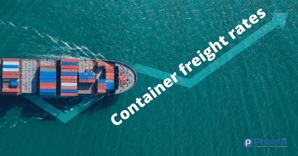 Giá cước vận chuyển container tiếp tục tăng cao