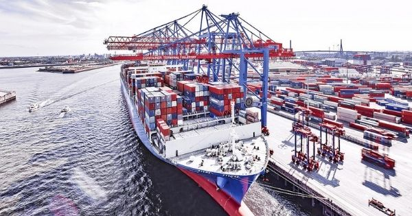 Cosco Shipping Ports acquires shares in the port of Hamburg