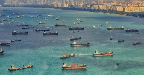 Time of container ships staying at ports increased by 11% in the first half of 2021