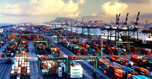 Cang-container-Cao-Hung-Dai-Loan-Kaohsiung-Container-Terminal-Taiwan