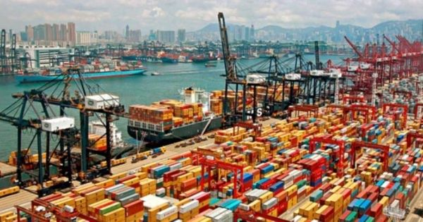 cang-container-Shanghai-port
